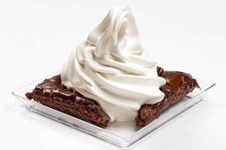 Brownie med mjukglass