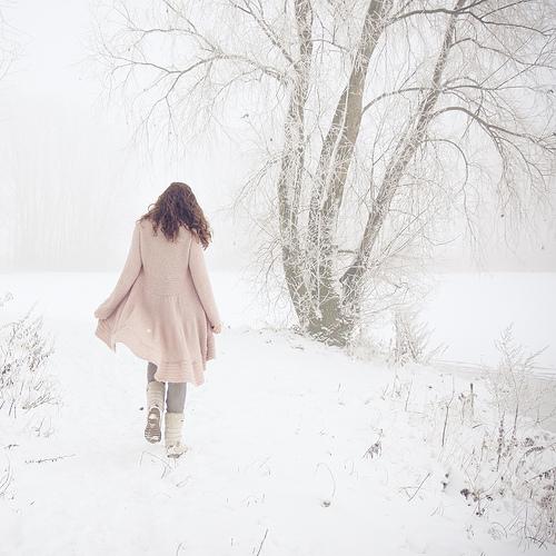 Jag promenerar i snö