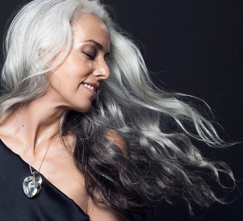 snyggt grått hår