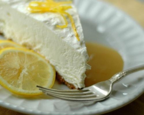 Frusen citrontårta