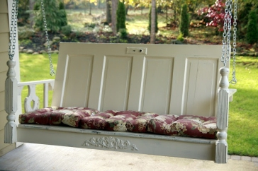 Shabby chic porch swing