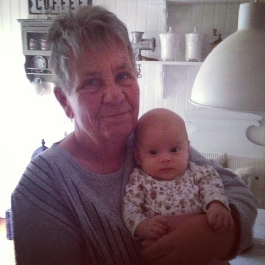 Ulla o barnbarnsbarnet.jpg