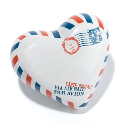 heart-shaped-paperweight-air-mail