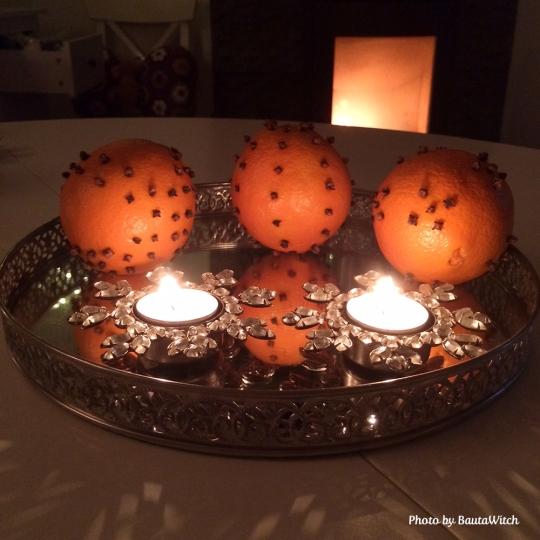 Apelsiner med kryddnejlikor