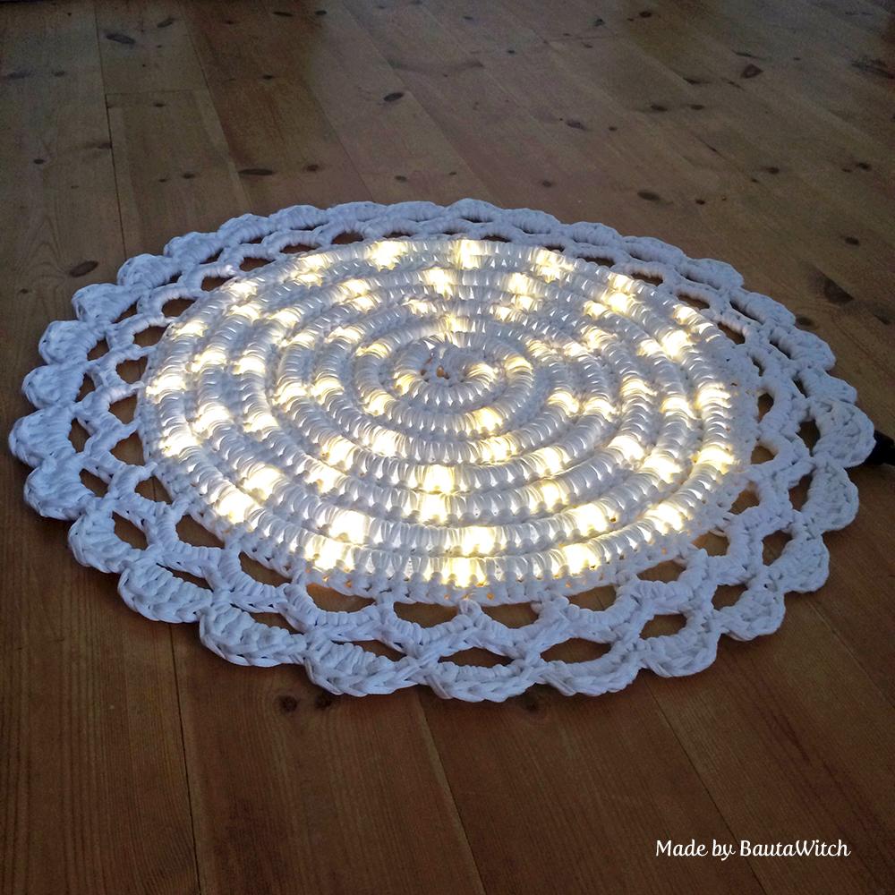 Virkad lysande matta Made by BautaWitch2