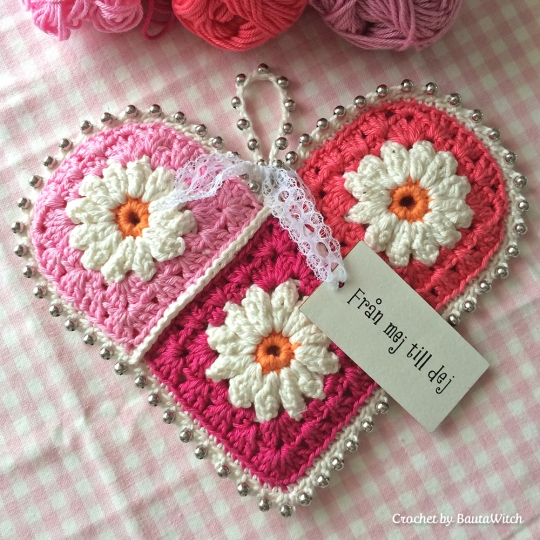 Crochet Patterns Valentines Day : Crochet-Valentine-Heart-by-BautaWitch