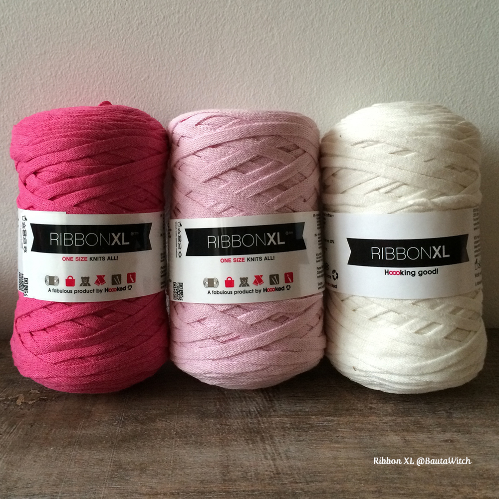 Ribbon-XL-in-pink-at-BautaWitch