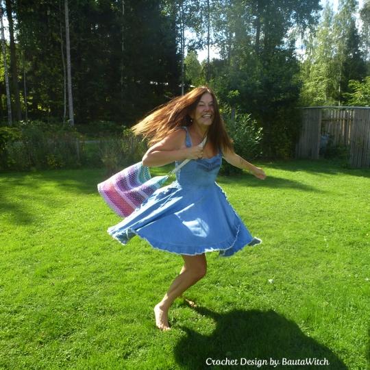 Rainbow-bag-by-BautaWitch
