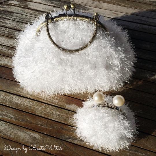 Fur-yarn-purses-by-BautaWitch