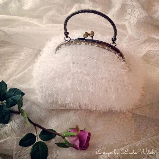 Winter-Wedding-Bag-by-BautaWitch-1