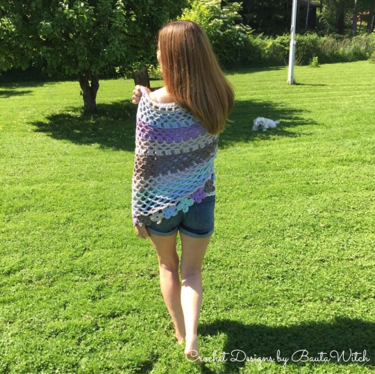 Poncho-Ribbon-XL-by-BautaWitch-back