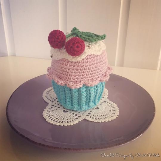 Virkad-cupcake-by-BautaWitch