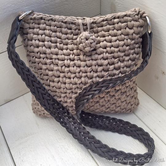 DIY – Virkad handväska med eller utan fransar  cd2f912fafd76