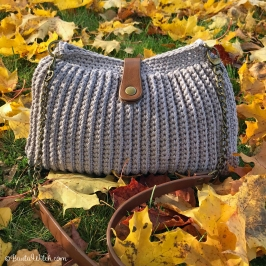 Crochet-handbag-in-Catania-by-BautaWitch
